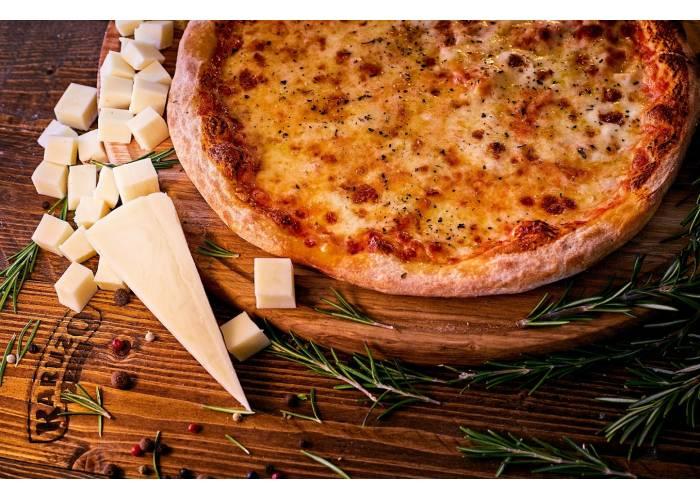 Піца Сирна